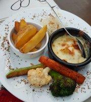 Efe Garden - Restaurant