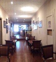 Griffins Pub & Coffee