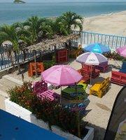 Tortugas Beach Bar & Grill