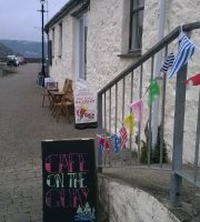 Cafe on the Quay