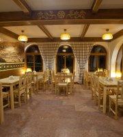 Schronisko Orlica - Restauracja