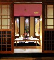 Orient Plaza | JIRO