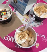 ‪Menchie's Frozen Yogurt‬