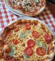 Lávakövi Pizzéria