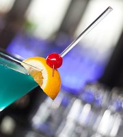 Bigg Blue Martini