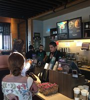 Starbucks Macroplaza Ensenada