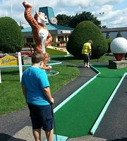 ملعب جولف صغير