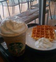 Starbucks Coffee Hayama Kaigandori