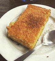 Las Moras Cafe