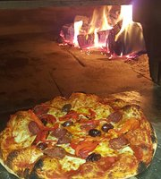 Capitani's Wood Fired Pizzeria