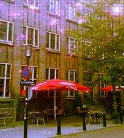 Cafe de Cantine