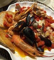 Santa Lucia - Beach & Restaurant