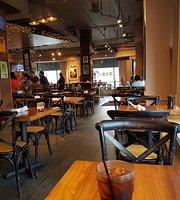 Lake Street Kitchen and Bar