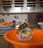 Mimi Running Sushi