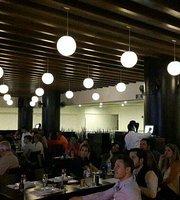 Waldorf Premium Bar