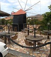 Vila Miseria Restaurant