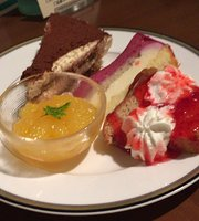 Buffet Restaurant Michela Urawa Royal Pines Hotel