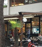 Bar Manzelli