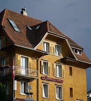 Glaernich Hof