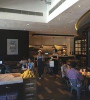 Zhi Wei Café