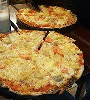 Pizzeria-Cafe Dinos