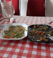 Nasi Campur Babi Panggang Warung 52