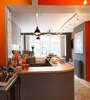 Cafe Monella