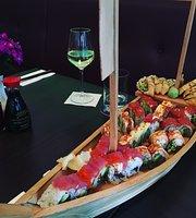 Cross Sushi