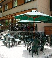 Cafeteria Trois Cinq