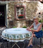 Martines Le petit Restaurant