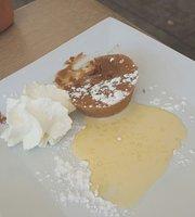 Cafe Brasserie Le Pelletan