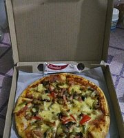 Pizza Hut - Giant Ciledug
