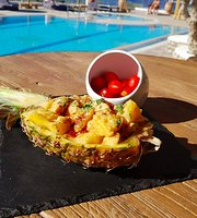 Island Pool Bar Restaurant