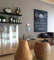 Arnes Cafe