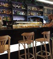 Cafe La Tertulia