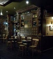 Pub Cafeteria Brown's
