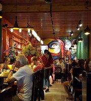 Om Pub & Restauran Hue