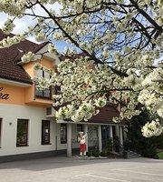 Hotel Delalut
