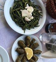 Kafenio Tis Kyra Lenis