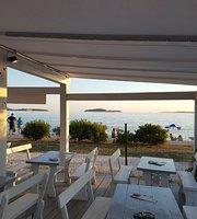 Beach Bar Dabar
