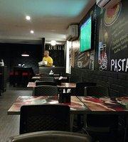 Pizza Por Metro Deluchi