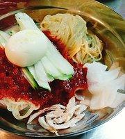Dragon ho Budae Wheat Noodles