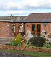 Bradshaws Farm Shop & Cafe