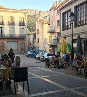 Le Petit Chou Cafe