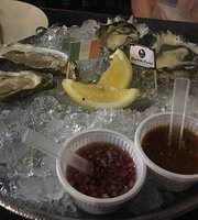 Belon Oysters & Raw Bar