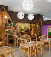 Skazochniy Domik Family Cafe