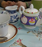 Mad Hatters Tea Emporium Ltd