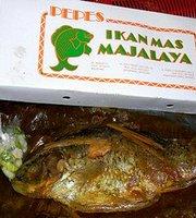Pepes Ikan Mas Majalaya