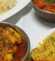 Taj Mahal Indian Restaurant Duquesa
