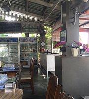 SR Tae Tiam Sapha Coffee Restaurant - Naka